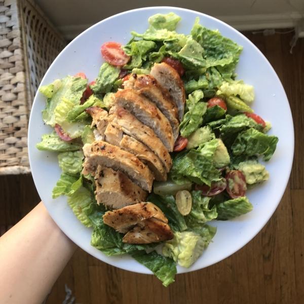 Grilled Chicken Salad - Keto Diet - The Wellnest by HUM Nutrition