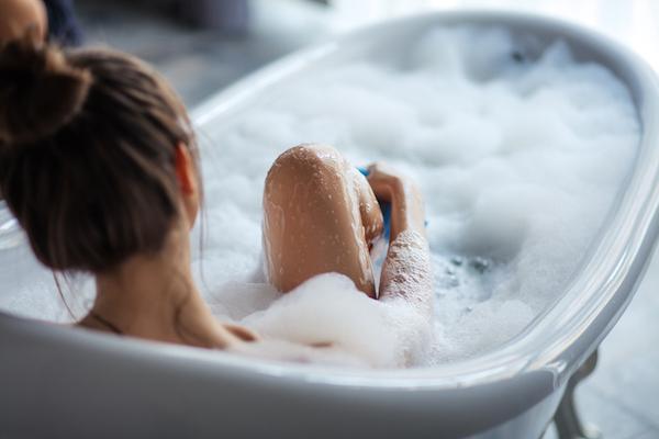 Italians and Baths - The Wellnest by HUM Nutrition