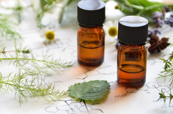 Fennel Essential Oil for an Upset Stomach - The Wellnest by HUM Nutrition