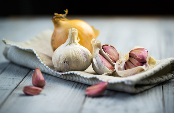 Restrict Onions & Garlic - Low FODMAP - The Wellnest by HUM Nutrition