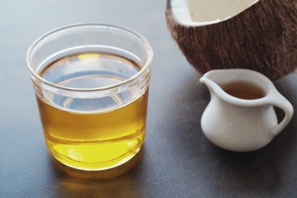 What Is MCT Oil? - The Wellnest by HUM Nutrition