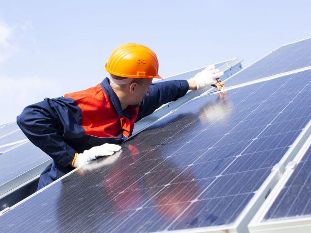 実務担当者必見!初めての太陽光自家消費シリーズ③ 必要なのは設備か、クリーンな電力なのか、それが問題だ
