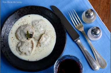 Raviolis farcis épinards et foie gras, crémeux au parmesan