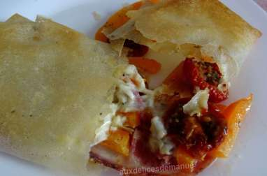 Feuilles de brick garnies pancetta, mozzarella ou Rocamadour, tomates séchées et poivron