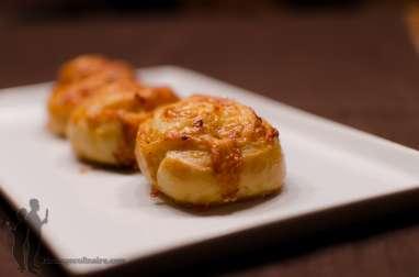Petits pains au cheddar et à l'oignon