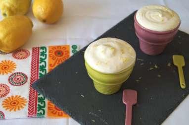 La crème glacée au citron jaune
