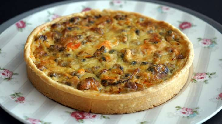 quiche aux fruits de mer recette de la quiche aux fruits de mer moules coques saumon. Black Bedroom Furniture Sets. Home Design Ideas