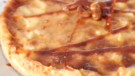 Tarte Aux Pommes Caramel Et Poudre D Amandes Recette Par Croque