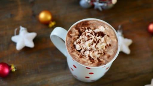 chocolat chaud gourmand de no l recette par le monde de. Black Bedroom Furniture Sets. Home Design Ideas