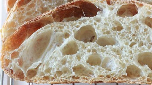 Pain Sans Petrissage Avec Une Mie Alveolee Recette Par Cuisine