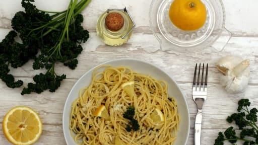 Spaghetti A L Ail Citron Et Persil Recette Par Amandine Cooking