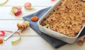 Crumble à la rhubarbe, abricot et amande