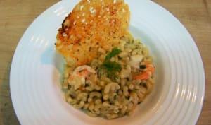 Coquilletto au jus de marinière et sa tuile de parmigiano au piment d'Espelette
