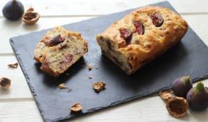 Cake aux figues, noix, oignon caramélisé et moutarde à l'ancienne