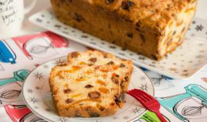 Cake pépites de chocolat et abricots secs