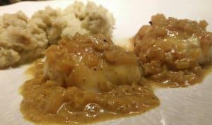Joues de lotte sauce aux échalotes et au curry.