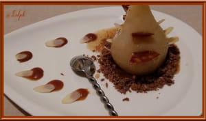 Poires pochées, sauce caramel au beurre salé