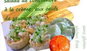 Entrée aux oeufs de saumon, concombre, crème fraîche, ciboulette