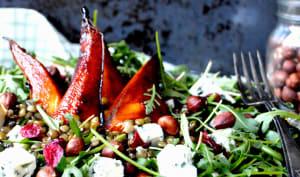 Salade de lentilles au bleu et poires caramélisées