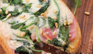 Bruschetta jambon épinards cancoillotte
