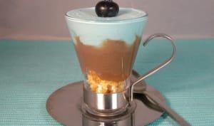 Verrine à la crème de marrons et chantilly goût myrtille