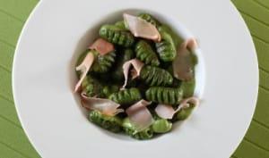 Gnocchi verdi, crème d'épinards au parmesan