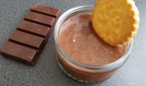Mousse au chocolat et amande