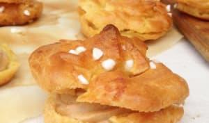 Chouquettes géantes au praliné de noix