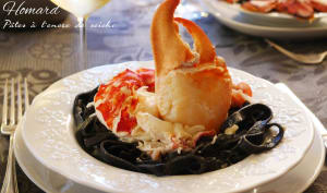 Homard pâtes encre de seiche sauce parmesan