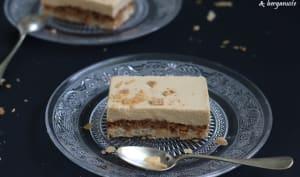Entremets noisette, praliné et chocolat Dulcey