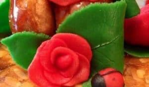 Pièce montée et décor en pâte d'amandes