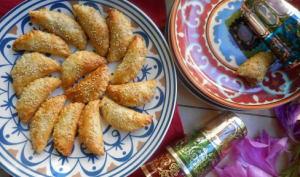 Mini chaussons feuilletés sauce tomate à la marocaine