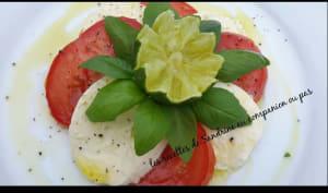 Tomates mozzarella à l'huile d'olive citron