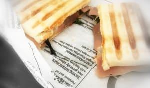 Panini au jambon cru et mozzarella