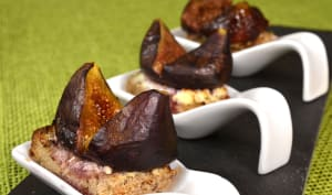Toasts aux figues rôties
