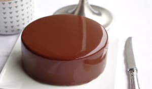 Glaçage miroir au chocolat noir