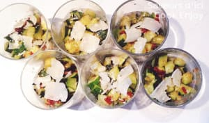 Verrines Courgettes à l'ail, Tomates Confites et Parmesan