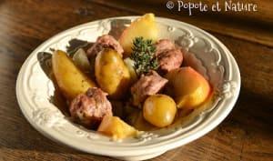 Rata de rattes du Touquet aux saucisses de Toulouse, chou blanc, pommes et Pommeau de Normandie