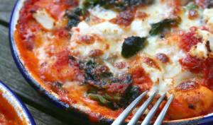 Gratin de gnocchis aux tomates, épinards et mozzarella