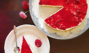 Cheesecake framboise au yaourt de brebis sans cuisson