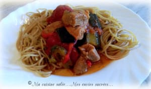 Sauté de dinde aux courgettes, poivron rouge, tomates au multicuiseur