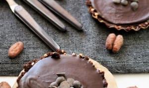 Tartelettes au chocolat et sa pâte aux dattes-kasha