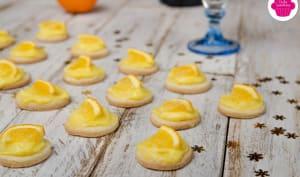 Tartelettes au citron avec rondelle d'orange