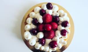 Tarte à la vanille, cerises et fraises