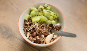 Granola maison au cacao et graines de chanvre