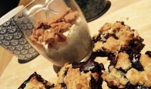 Carrés croustillants au chocolat et à l'avoine et riz au lait d'avoine