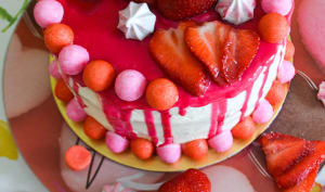 Layer cake vanille fraises