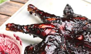 Poulet en crapaudine, sauce aux myrtilles