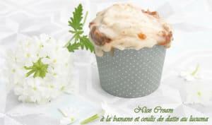 Nice cream à la banane et coulis de datte au lucuma