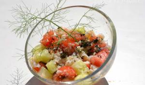 Salade au crabe, algues Wakamé, concombre, tomate et pastèque